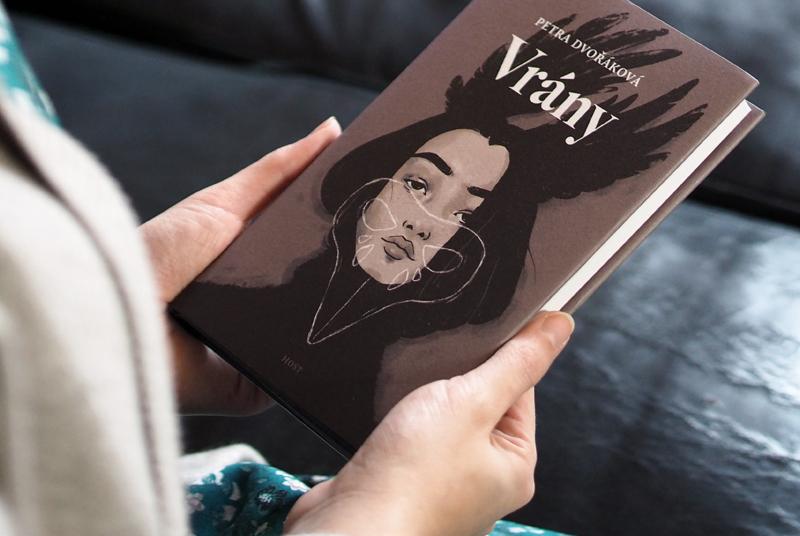 RECENZE: Novela Petry Dvořákové způsobuje těžkou žaludeční nevolnost