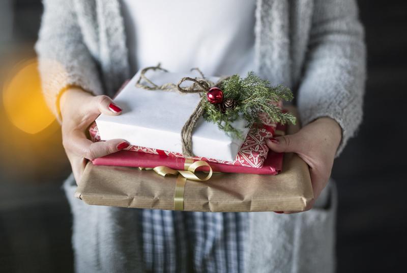 8 tipů na knižní vánoční dárek pro ženy